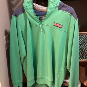 MENS Vinyard Vines sweatshirt size medium
